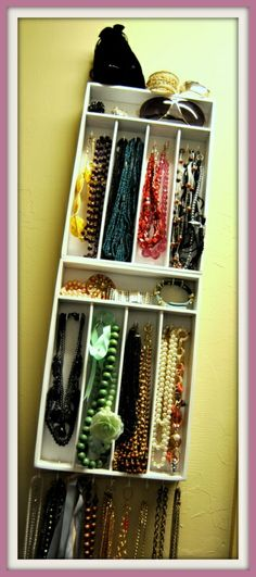diy jewlery organizer-could use old silverware tray for daughters jewelry