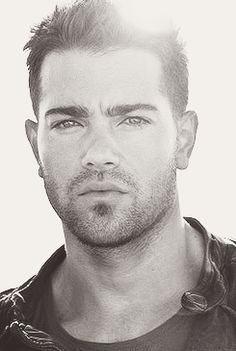 Jesse Metcalfe...    There are no words...