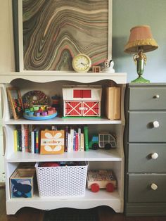 an organized home: toys