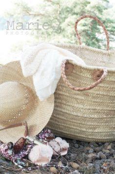 summer.  A big straw bag, a big straw hat and off you go!