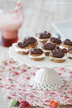 fluffernutter nilla wafers with chocolate