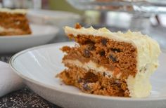 carrot cakes, diet, grain free, egg cups, paleo carrot, carrots, thanksgiving desserts, honey, cream cheese frosting