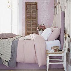 Pale lilac colour scheme