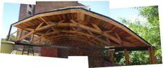 Taller para ceramista. Techo parábólico sobre cabriadas, enteramente hecho de madera reutilizada de pallets de manera artesanal