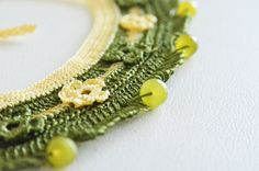 hand knitted natural stone authentic necklace yellow oil green wedding bridesmaids gift jewelry on Etsy, 22,90$