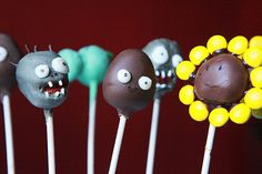 Plants vs Zombies + Cake Pops = Awesome