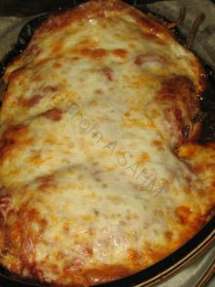 Easy Chicken Parm Recipe ~ Can be made with ready made sauce and ingredients or substitute homemade. Either way, it would make a delicious, quick to prepare dinner. Does take one hour to cook, however I would check for doneness at 45 minutes, to avoid dry chicken.