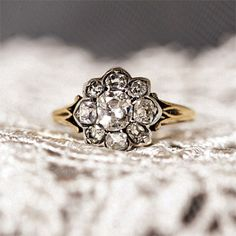 Antique engagement ring; Photo by Shira Weinberger Photography