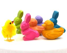 Kids' Easter CRAYONS Toys - Bunny Rabbit & Baby Duck Coloring Easter Basket Party Favors - Set of Six (6) - Free Gift Box - Eco-Friendly