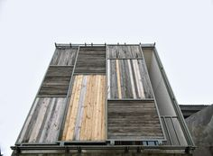 Reclaimed timber cladding - Wisnu & Ndari House / Djuhara + Djuhara