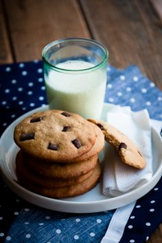 The easiest chocolate chip cookies on earth. #food #chocolate #chip #cookies