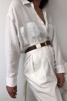 All White Minimal Outfits For Summer #summervacationstyle - Tual Renk