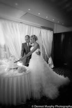 Wedding at the Stormont Hotel with photography by Dermott Murphy