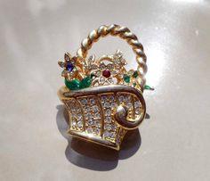 Vintage gold basket of flowers brooch by PaganCellarJewelry, $14.99