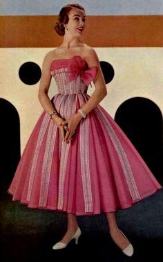 Pink 1950's Dress. ♥