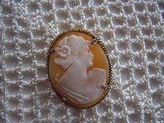 Vintage Cameo Brooch by MariaMarrese on Etsy, $38.00