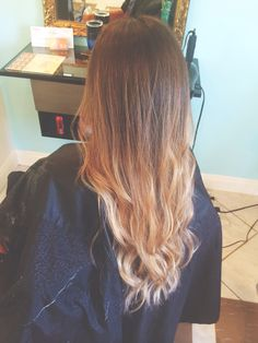 Lotus Den Oceanside @Chelsea Rose Wachter  Bolyage Ombré, love the way it came out so natural!