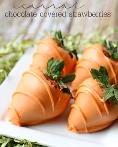 Super easy and Delicious Carrot Chocolate Covered Strawberries { lilluna.com }