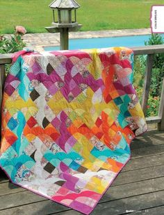 Love this colorful quilt