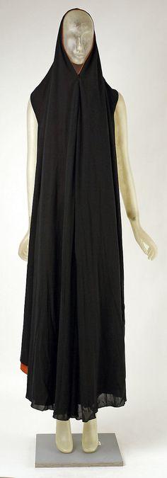 Cape  Madeleine Vionnet (French, Chilleurs-aux-Bois 1876–1975 Paris)  Date: ca. 1937 Culture: French Medium: silk