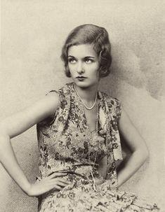Joan Bennett, 1928 #flapper #bob #vintage #dresses #pincurls