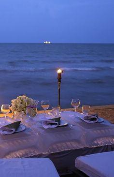 Beach dining at Anantara Hua Hin Resort & Spa, Thailand