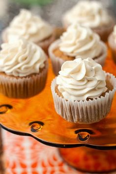 CHIC COASTAL LIVING: 5 BEST: Delicious Pumpkin Dessert Recipes cupcakes with maple frosting #easy #dessert #recipe #delicious