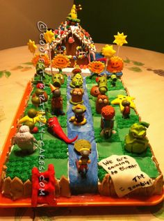Coolest Plants vs Zombies Cake... a fun for the whole family homemade cake idea.