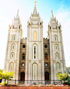 Finally... one place for everything LDS.    MormonLink.com