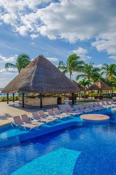 The Best Honeymoon Destinations of 2014 (Pictured: Cancun, Mexico)