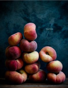 HAPPY FRIDAY   Saturn peaches   Desserts For Breakfast