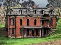 Mudhouse Mansion, Lancaster OH