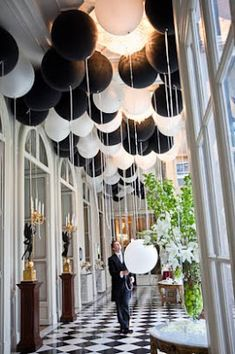 Black & White Wedding Decor  #Black & White wedding receptions ... Wedding ideas for brides, grooms, parents & planners ... https://itunes.apple.com/us/app/the-gold-wedding-planner/id498112599?ls=1=8 … plus how to organise an entire wedding, without overspending ♥ The Gold Wedding Planner iPhone App ♥