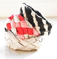 making bracelet from shirt diy