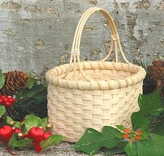 Basket Making Supplies and Chair Caning Supplies (free pattern) - love the handle.