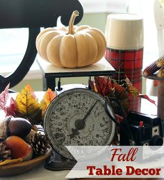 Want quick and easy fall table decor?  Just add a few key fall elements like acorns, pumpkins or Indian corn to the table and you've got an instant fall look.  via houseofhawthornes.com