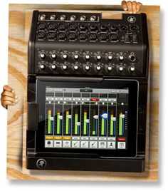 Mackie DL1608 | Digital Live Sound Mixer – iPad Mixer