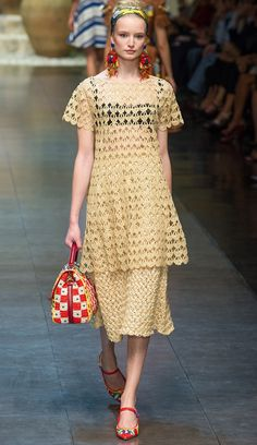 Dolce & Gabbana - spring summer 2013 - superb crochet - with all the diagrams and pictorials to explain the stitches (the explanations are in English!)