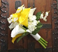 Yellow Bouquet with Real Touch Calla Lilies, Spring Wedding, Summer Wedding, Simple Style, Yellow and White, Orchids, Sunny Bouquet