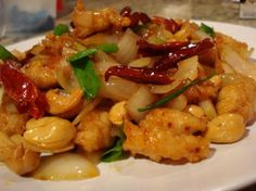 Stir fried chicken with cashews or Gia Pad Met Mamuang