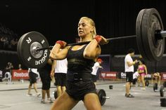 8 Reasons Women Should CrossFit