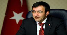 """Kalkınma Bakanı Yılmaz: """"Büyüme ve Enflasyonda Revizyon Olacak""""  İkince çeyrek büyümesinin 2.1 olarak açıklanmasının ardından açıklamalarda bulunan Kalkınma Bakanı Cevdet Yılmaz, gelinen noktada, büyüme ve enflasyon tahminleriyle ilgili revizyon ihtiyacı ortaya çıktığını söyledi.  http://www.portturkey.com/tr/uzman-gorusu/47952-kalkinma-bakani-yilmaz-qbuyume-ve-enflasyonda-revizyon-olacakq"""