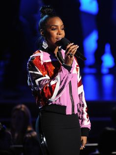 """Kelly Rowland announces Best Country Album nominees on """"The GRAMMY Nominations Live!! — Countdown To Music's Biggest Night"""" on Dec. 6 in Los Angeles"""