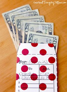 Envelope Budgeting . . . A Simple Way To Gain Control of Your Money, there's a neat pdf for these cute envelopes