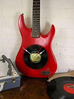 upcycled electric guitar clock