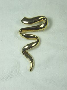 Vintage Squiggle Brooch Gold Tone Pin by LavenderGardenCottag