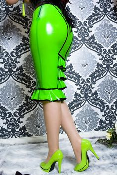 Green latex pencil skirt- fieeeeeeerce
