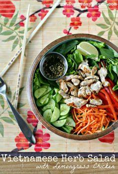 Vietnamese Herb Salad with Lemongrass Chicken from @everydaymaven www.EverydayMaven.com #paleo. Yum!!