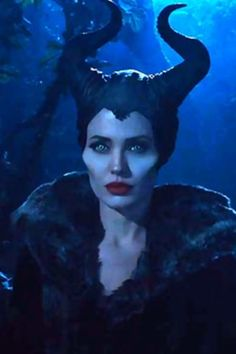 Angelina Jolie as Maleficent, love how simple character makeup can look intense and glamorous at the same time :o)