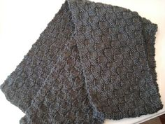 Boyfriend Basket Weave Scarf by Nancy Queen and Mary Ellen O'Connell, worsted wt, free